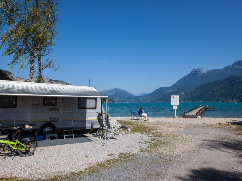 Kindvriendelijk kamperen - Lac Bleu - caravan aan meer