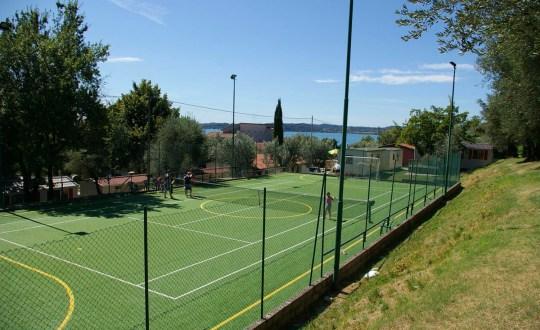 Met tennisbaan