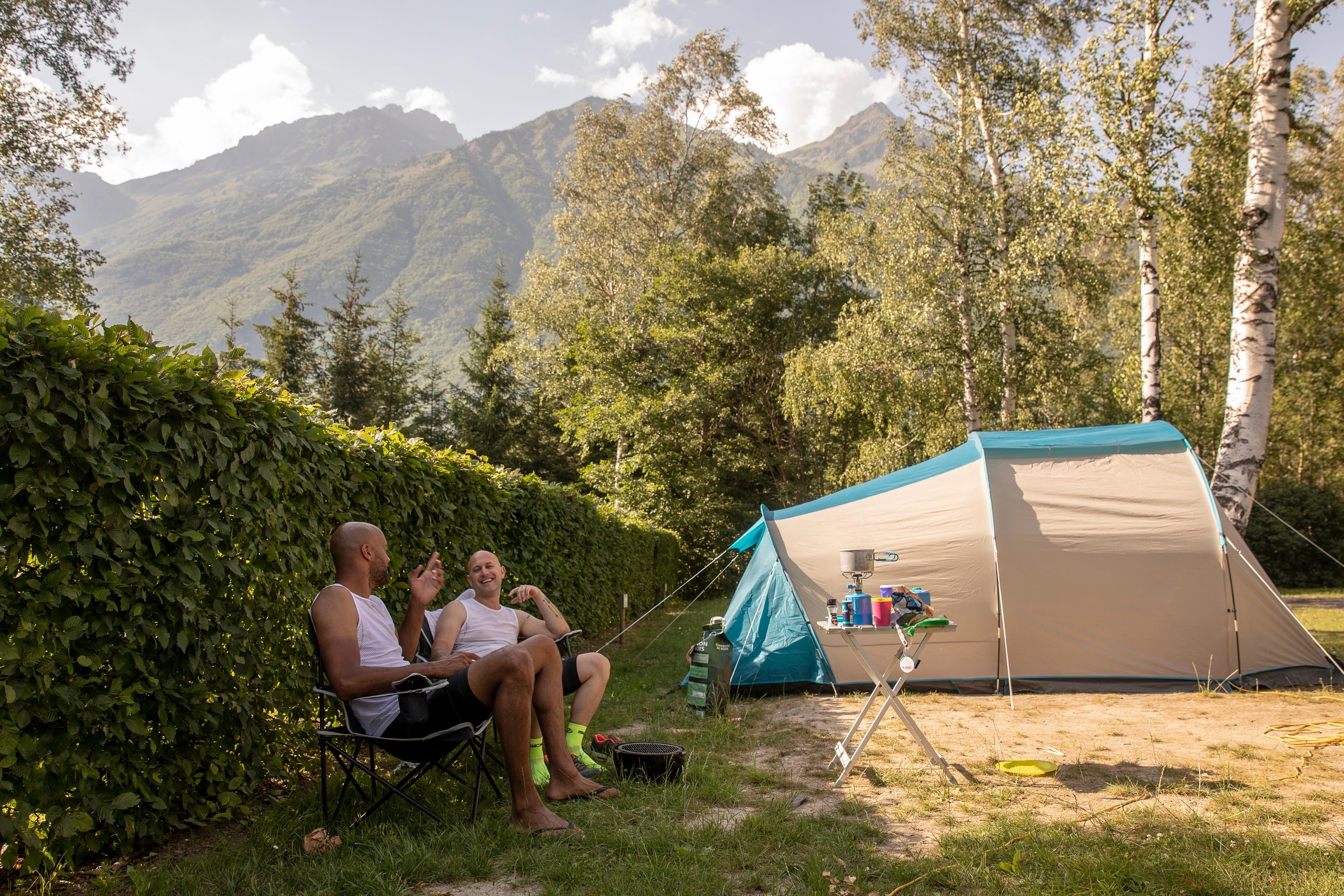 Tent met kampeerders - Belledonne