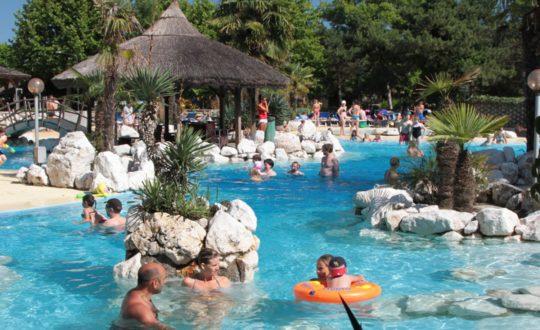 Tahiti - Kids-Campings.com