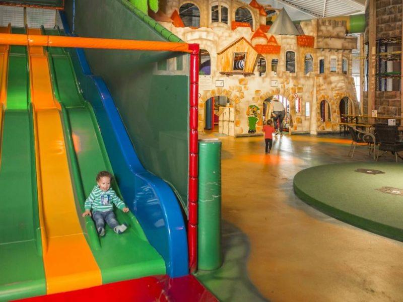 Rabbit Hill - kids-campings - indoor speelparadijs glijbanen