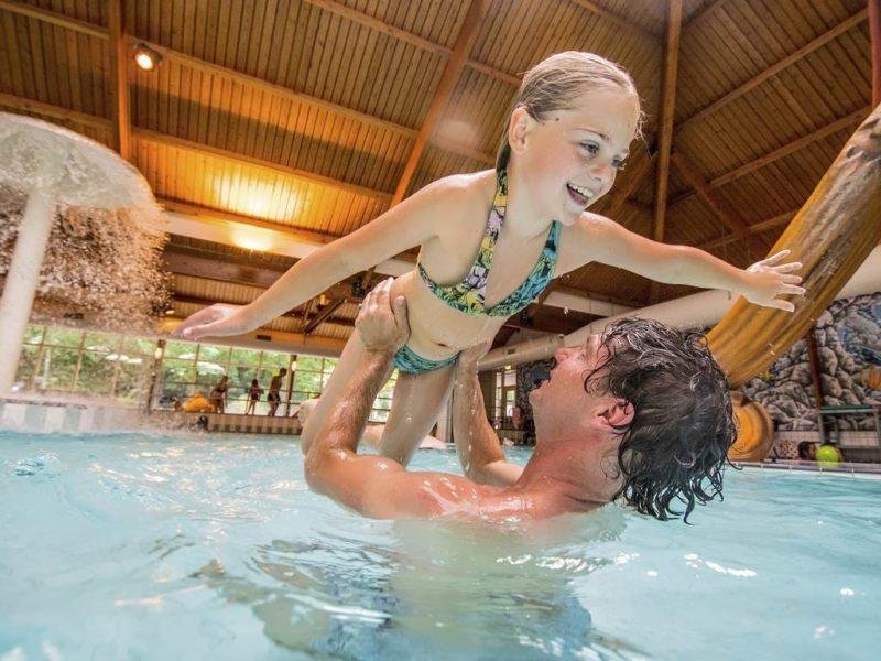 Rabbit Hill - kids-campings - in het binnenzwembad