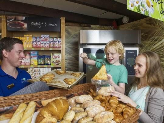 Stroombroek - kids-campings - broodjes halen bij de bakker
