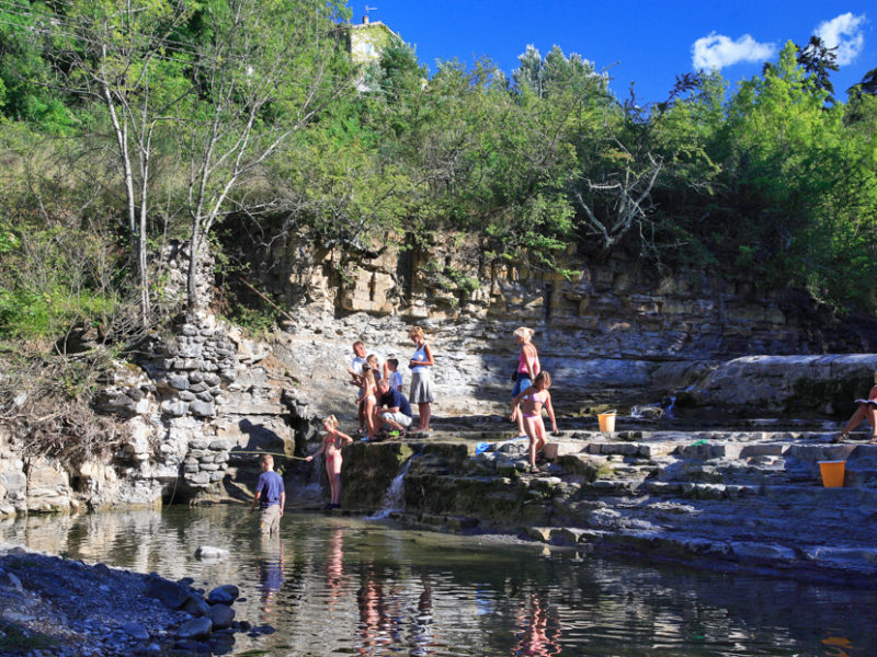 Ardeche Camping rotsen rivier