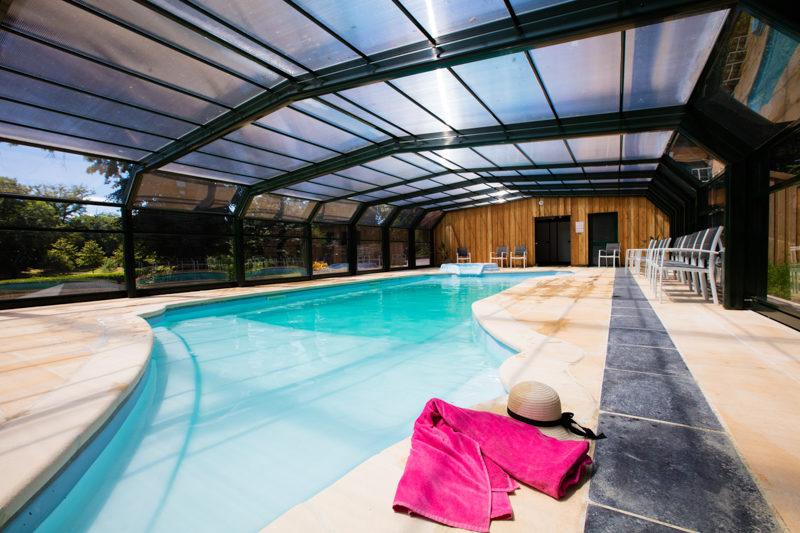Château le Verdoyer zwembad binnen