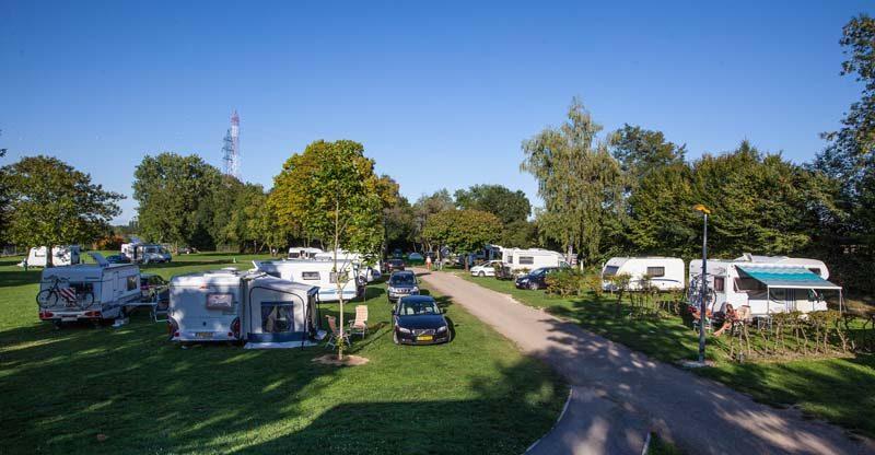 Pont de Bourgogne camping overview