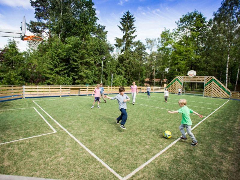 Heideheuvel - kids-campings - sportveld voetballen