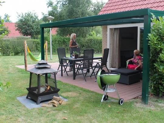 Duc de Brabant - kids-campings - barbecue bij de bungalow