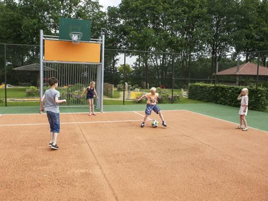Duc de Brabant - kids-campings - sportveld