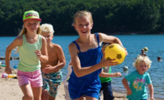 Camping Soleil Levant - Kids-Campings.com
