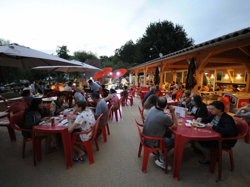 Restaurant Padimodour, camping in de Lot Frankrijk