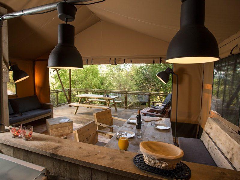 Kindvriendelijk kamperen bij La Serre glamping safaritenten