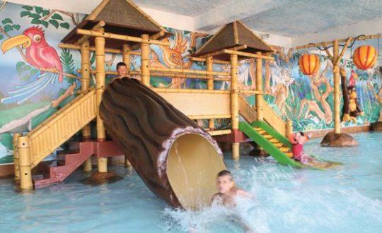 Camping Esterel - Kids-Campings.com