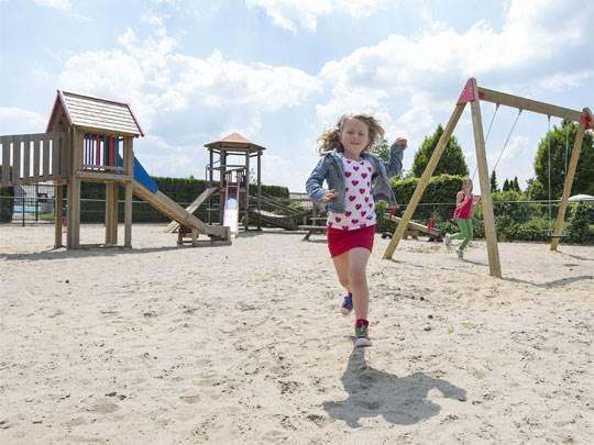 De Veluwse Hoevegaerde speeltuin Kids-Campings