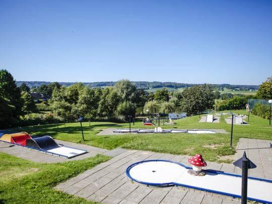 Hoog Vaals - kids-campings - midget golf