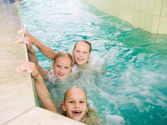 't Loo - kids-campings - zwemmen in de stroomversnelling