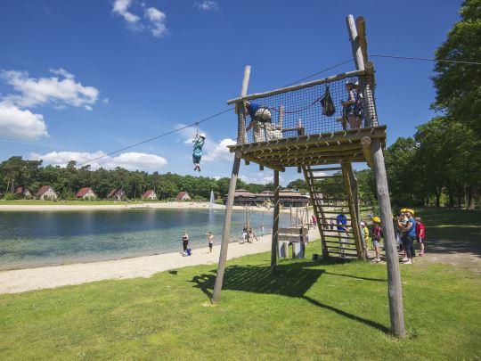 't Loo - kids-campings - kabelbaan over het meer