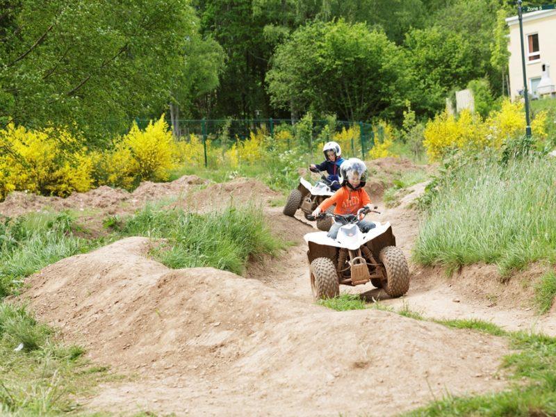 Park Bostalsee - kids-campings - quad rijden