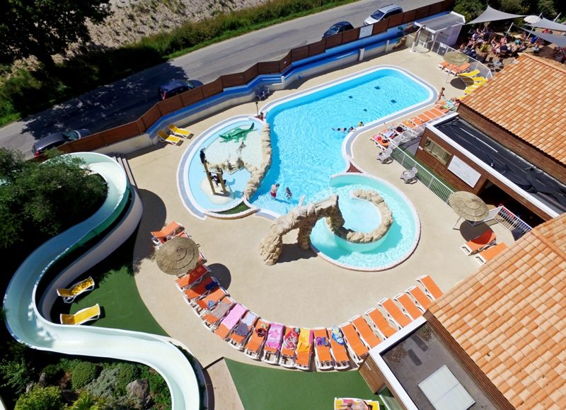Overzicht zwembad Camping Le Patisseau - Kids-campings