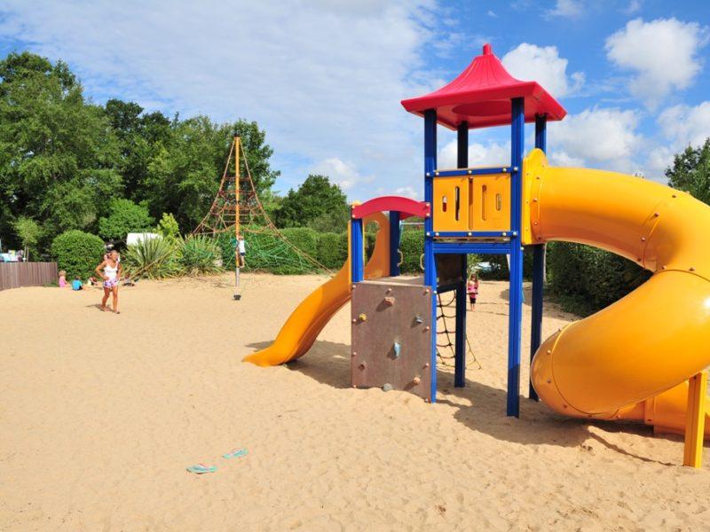Speeltuin 2 kids Camping Le Patisseau - Kids-campings