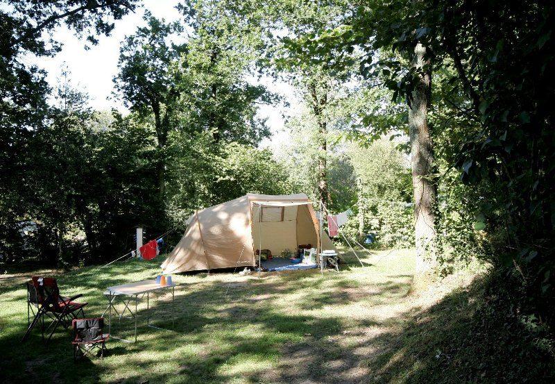 Caravan en camper plekken, kampeerplaatsen Camping Le Patisseau - Kids-campings