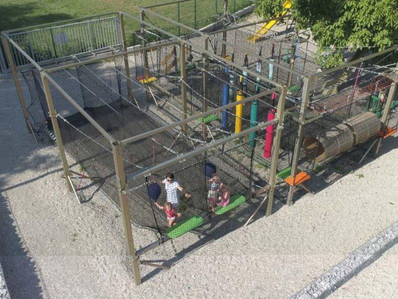 Les Fontaines speeltuin