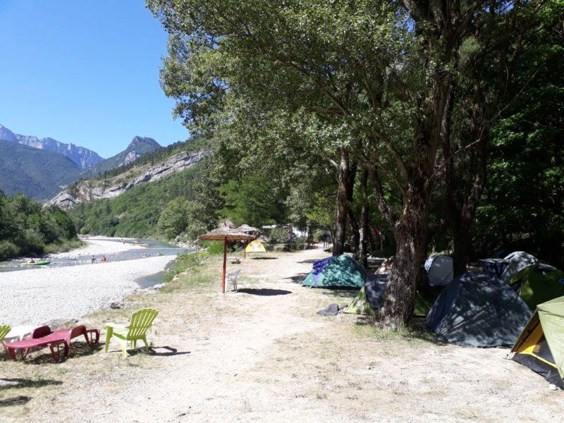 Kamperen aan de rivier - Les Acacias