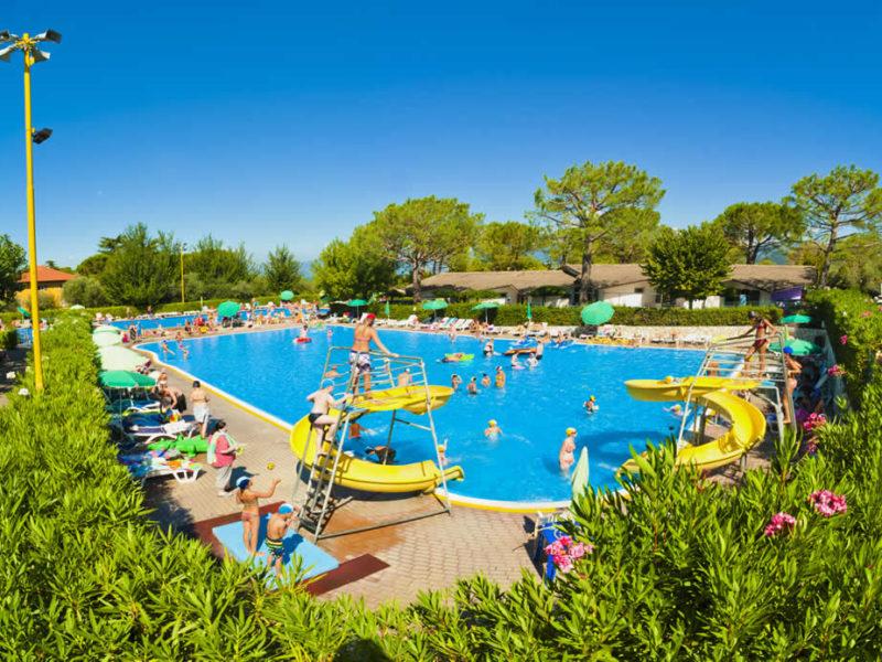 Kindvriendelijk zwembad op Cisano San Vito