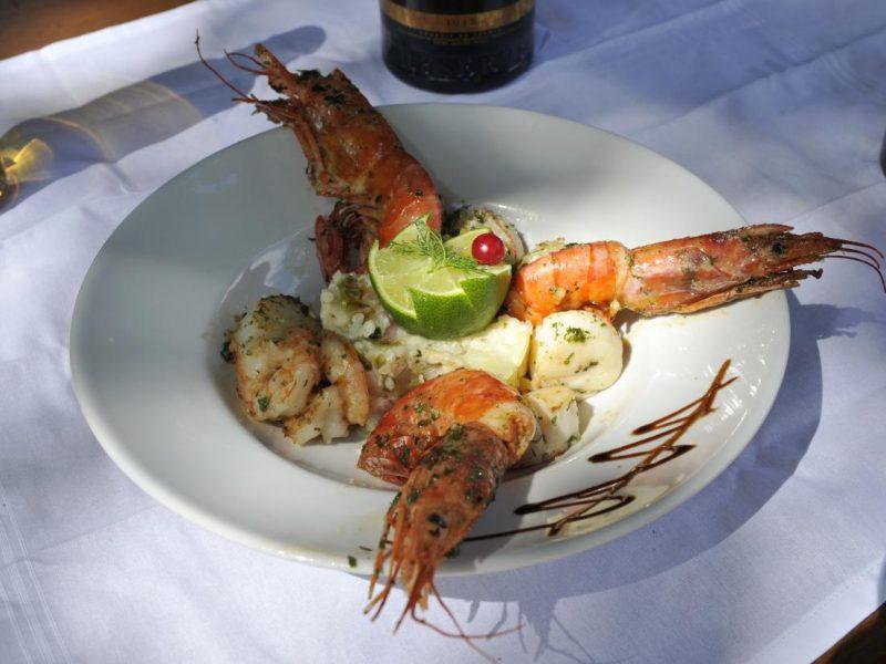 Eten in restaurant - Domaine Arleblanc