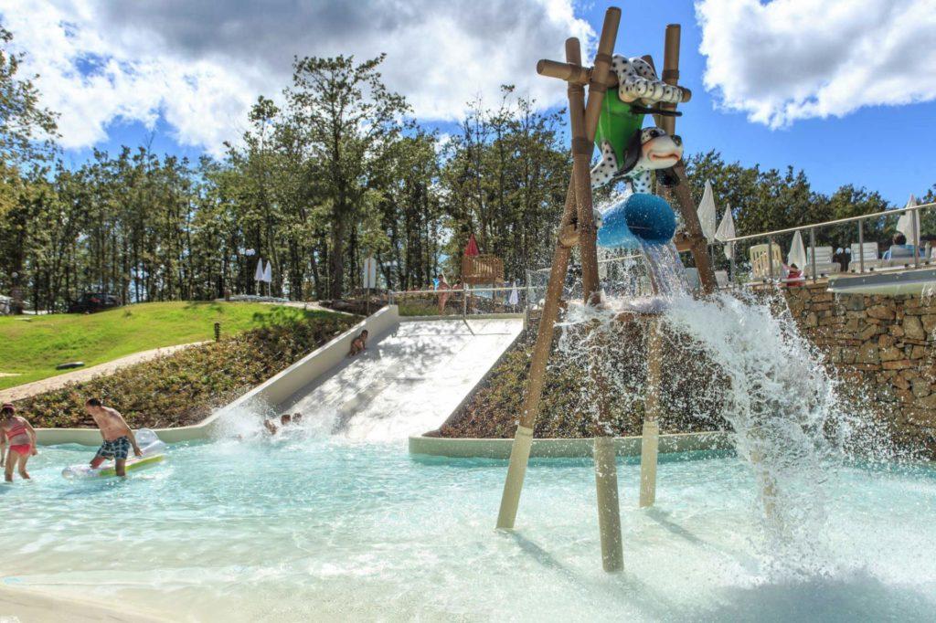 De leukste gezinsvakantie met Vacanze Col Cuore bij Orlando in chianti. Impressie van een zwembad